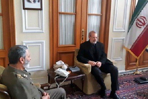 دیدار فرمانده ارتش با رئیس مجلس به خاطر بودجه ارتش