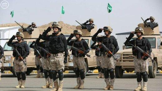 عربستان نیروی زرهی جدید به مرز یمن فرستاد/ عکس