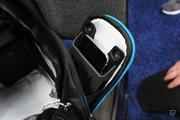 شارژر بیسیم داخل کولهپشتی در نمایشگاه سیایاس ۲۰۱۹/ عکس