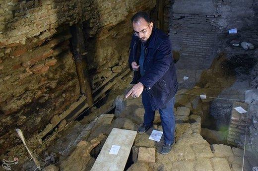 کشف آثار باستانی در بازار حضرتی خیابان مولوی