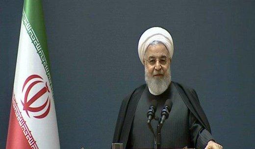 روحانی: اولین سانتریفیوژ به دستور هاشمی وارد ایران شد