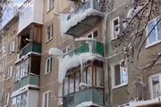 فیلم | قندیل بستن خانهها در سرمای روسیه