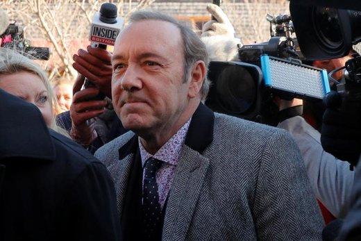 کوین اسپیسی، بازیگر آمریکایی، به اتهام سوء استفاده جنسی به دادگاهی در شهرستان نانتاکت ایالت ماساچوست می رود