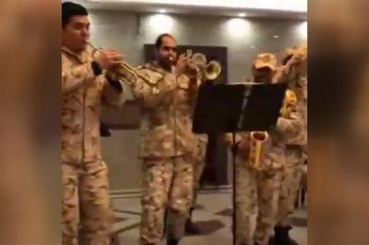 فیلم و عکس | سربازهای سرخوشی که سردار کمالی هم تحسینشان کرد!