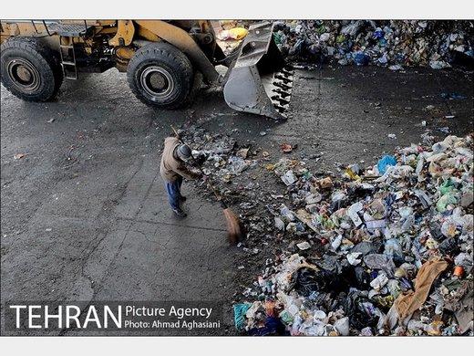 استاندار: منشا بوی بد تهران ربطی به زبالههای آرادکوه ندارد