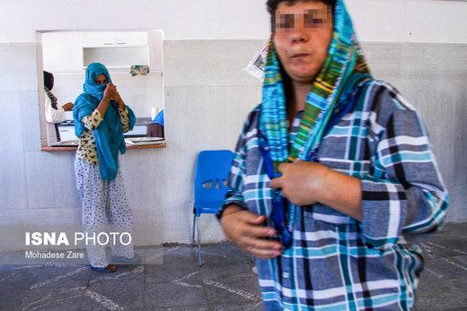 بیشتر مراجعه کنندگان به مرکز درمان اقامت اجباری زنان مشهد زنان مطلقه هستند، علت جدایی این افراد اعتیاد خود یا همسرشان به مواد مخدر است