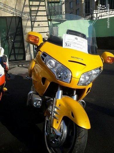 توقیف موتورسیکلت یک میلیاردی در نیاوران!