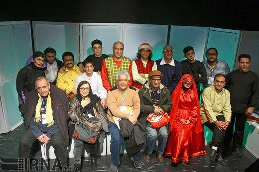 حسین محب اهری در مراسم آغاز بیست و چهارمین جشنواره بین المللی تئاتر کودک و نوجوان سال 1396 حضور دارد