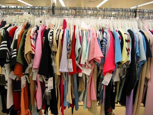 طرح برخورد با فروشندگان پوشاک قاچاق نتیجه داد/ افزایش ۵۰ درصدی تولیدات