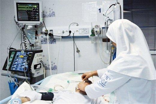 ۱۲۰ هزار پرستار در کشور کم داریم