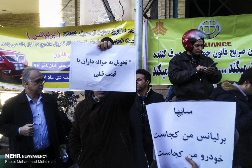واقعا دولت سایپا و ایرانخودرو را میفروشد؟ رئیس ایدرو: من نشنیدم!