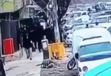 فیلم | لحظه انفجار یک بمبگذار انتحاری در میان مردم (۱۴+)
