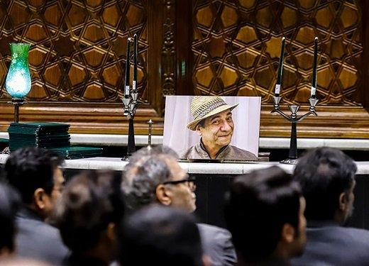 برگزاری مراسم ترحیم حسین محباهری با گلایه از به رسمیت نشناختن حقوق بازیگران