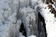 تصاویر | وقتی آبشار گنجنامه یخ میزند