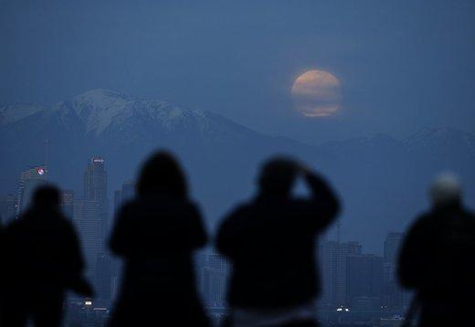 ماه گرفتگی در لسآنجلس