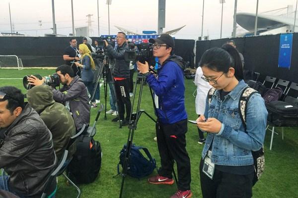 فیلم | استقبال گسترده خبرنگاران چینی از تمرین امروز تیم ملی ایران