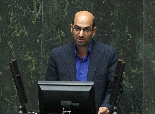 نماینده مجلس: فضای مجازی مردم را ناامید میکند/دولت در بازار ۵۰۰ میلیارد دلاری بازسازی و فروش محصولات در سوریه ورود کند