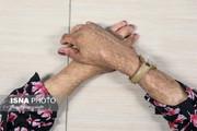 ۱۸ بار اقدام به خودکشی یکی از دختران شینآباد/ درمان دختران متوقف شده است/ سهمیه کنکور به ما بدهید