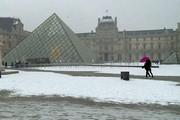 فیلم | حال و هوای پاریس در اولین برف زمستانی
