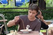 فیلم   شوخی جدید یک دوربین مخفی سر میز رستوران!