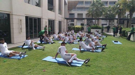 تمرین سبک تیم ملی ایران در هتل در آستانه دیدار با چین/عکس