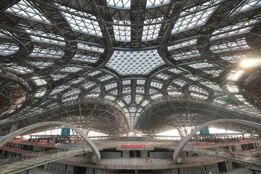 سالن ترمینال فرودگاه بینالمللی داشینگ پکن در 17 ژانویه 2018