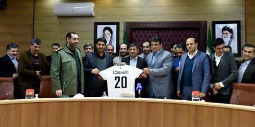 کمک ۱۵۰ میلیونی استاندار به نماینده استان در لیگ برتر فوتسال