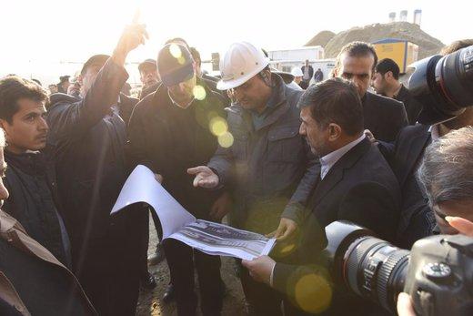 وزیر راه و شهرسازی با همراهی استاندار البرز از آزادراه تهران شمال بازدید کرد