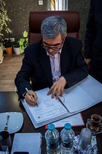 امضای قرارداد اجرای طرح متان بالاست  مجتمع پتروشیمی شازند با یک شرکت داخلی