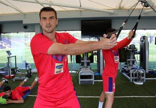 مهاجم جدید پرسپولیس بازی با سپیدرود را از دست داد!