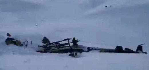 تصادف عجیب هواپیما در ایتالیا؛ ۷ نفر کشته و زخمی شدند