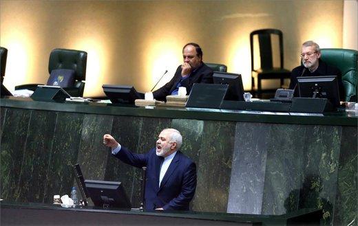 الإمارات دخلت مرحلة المواجهة غیر المقبولة ضد إیران/ ایران جعلت الولایات المتحدة فی موقف حرج بشأن الاتفاق النووی
