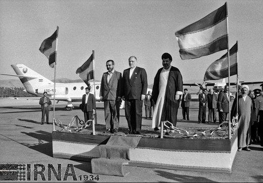 حسن حبیبی معاون اول رئیس جمهور سال 1372 به استان کردستان سفر کرد
