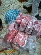 کشف گوشت فاسد آماده توزیع از انبار یک منزل مسکونی در همدان