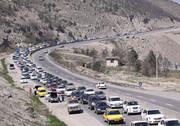جادههای هراز و چالوس همچنان همراه با ترافیک نیمهسنگین