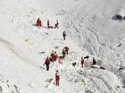 جانباختگان سقوط از کوه در کوهرنگ ۳ نفر شدند