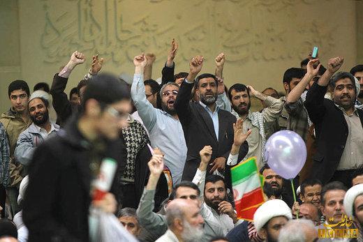 مخاطبان سخنان روز ۱۹ بهمن رهبر انقلاب چه کسانی هستند؟