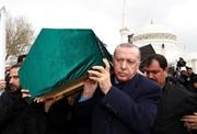 تصاویر | اردوغان زیر تابوت جانباختگان ریزش ساختمان