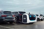 تصاویر | رباتهایی که ماشینتان را در این فرودگاه پارک میکنند!