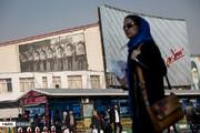 تصاویر | انعکاس تصویر امام(ره) بر دیوارهای تهران