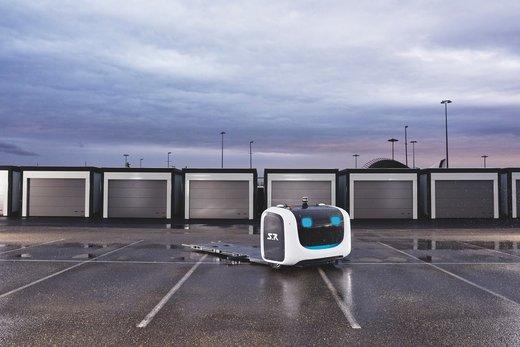 پارک کردن اتومبیل با ربات در فرودگاه گاتویک انگلستان