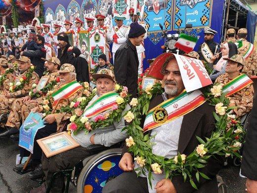 حضور جانبازان نیروی زمینی ارتش در راهپیمایی ۲۲ بهمن۹۷