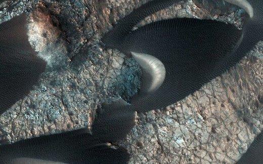 تپههای ماسهای مریخ را ببینید