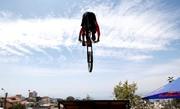 تصاویر | پرواز با دوچرخه در خیابانهای شیلی