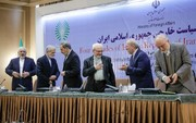 ۴۰ سال سیاست خارجی از زبان ظریف