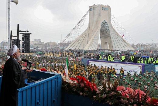 خانواده سردار سلیمانی؛ میهمان ویژه مراسم ۲۲ بهمن/ روحانی در تهران سخنرانی میکند، رئیسی در مشهد/ جلیلی سخنران مراسم ساری شد