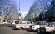 عکس |  ۵۷ سال قبل؛ ماشینهای آمریکایی و آلمانی در چهارراه ولیعصر