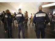 اسیدپاشی در مترو وحشت به راه انداخت