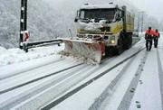 بارش سنگین برف راه ارتباطی ۱۲۰ روستای آذربایجانشرقی را بست