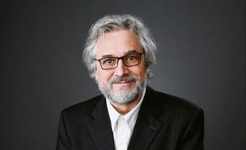 مایکل دودوک فیلمساز برنده اسکار به ایران میآید / عکس